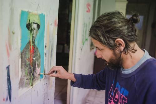 Mi pintura se centra en la manipulación política y los límites de la congruencia